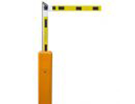 郑州折叠杆道闸批发  带遥控器可根据高度订制不同道闸
