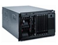 IBM BladeCenter S 外形 机架/7 U、高可用性中间背板 刀片托架 多达 6 个单核或双核处理器以及多达 3 个四核处理器 磁盘托架 多达 12 个 SAS、12 个 近线 SAS 或 12 个 SATA,或者这些磁盘的混合请访问该链接,以便获取受支持磁盘的列表 * 介质 可选的 DVD 全功能刻录机,可从每台刀片服务器访问 交换机模块 可提供 SAS、千兆以太网、光纤通道交换机模