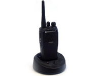 摩托罗拉GP3688 手台 通讯频道:16个 频率范围:403-440MHz/438-470MHz
