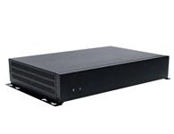 PBOX 100 Intel® Atom™ N270 单核处理器 Intel® 945GSE 芯片 1 x DVI 接口 + 1 x VGA 接口 1 x PCI + Mini-PCIe 外部插槽 1 个千兆以太网 外接的60W 电源适配器