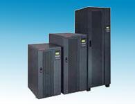 山特UPS 3C3EX--20KS-80KS城堡3C3 EX系列采用了双转换结构,是三相高频在线式UPS。本产品适用于中小型数据中心、网络管理中心、企业服务器机房、电压瞬时跌落或减幅震荡,高压脉冲、电压波动、浪涌电压、谐波失真、频率波动等状况可提供良好的解决方案,为用户的负载提供安全可靠的电源保障。 城