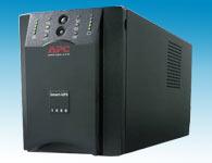 APC SUA1500ICHUPS类型:在线互动式UPS  UPS额定容量:1.5KVA  UPS电源效率:96.5\%  输出电压:208 - 253V  输出电压频率范围:50 - 60Hz