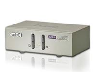 ATEN  CS72U  2端口USB KVM多电脑切换器;CS72U为桌上型控制设备,其可让用户从单一KVM控制端(键盘、鼠标、VGA显示器)访问2台电脑。用户可以通过CS72U前面板按键选择连接端口以轻松访问电脑。