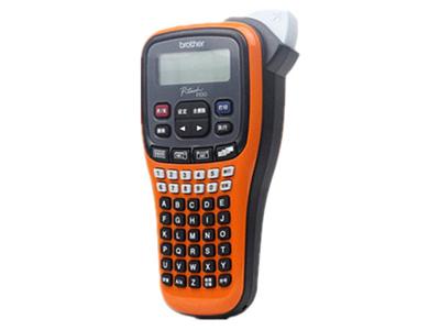兄弟 PT-E100B 标签机  手持便携式标签机;耗材宽度:3.5—12mm;手动剪切;序号打印:有(1-9张);三种供电方式
