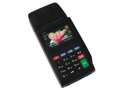 君容 CS8555   显示方式:2.4彩色液晶显示;自带58热敏小票打印;卡号个数:20亿个,黑名单数10万个;记录条数:50000条;操作员个数:100个;读卡模块:读写IC卡扇区;感应距离:2一10cm(视卡而定)键盘:硅胶按键;工作电压:12V/2A;工作电流:400mA;后备电源:4小时