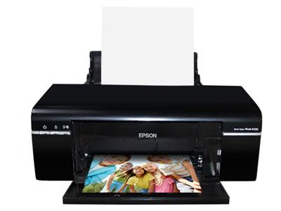爱普生 R330 (A4,5760dpi,六色分离,3.5寸屏,光盘插卡U盘相机)