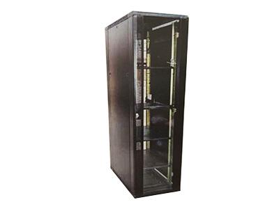 42U豪華型服務器機柜    AB-13-64-42● 前門網孔設計,方便有源設備散熱; ● 高強度冷軋鋼板制作,結構合理、牢固; ● 大面積玻璃或網孔前門,美觀、大方; ● 全噴塑處理,防止碰傷、腐蝕; ● 符合GB/T 3047.8-1996、ANSI/EIA RS-310-D、DIN41491等相關規范; ● 內部空間極大,外觀高貴典雅,工藝精湛,尺寸精密; ● 快捷的拆裝結構和合理線路通道。