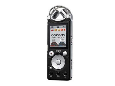 """爱国者R5599 8G    """"存储卡类型:TF卡 电池规格:锂电池 容量:8G 屏幕:非触摸屏 外观材质:金属"""""""