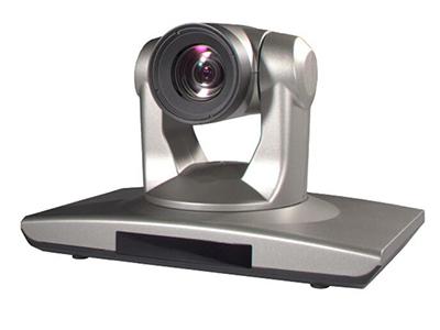 中兴 ZXV10 V96 是一款全高清、高像素、宽视角的高清彩色摄像机。V96采用1/2.5英寸,500万象素的高品质HD CMOS传感器。内置有18倍光学变焦镜头,方便拍摄会场特写。V96作为一款专业会议摄像机,支持遥控器控制操作与远程控制,支持10个位置预设位及倒装,是视频会议、远程教学以及企业培训的理想选择
