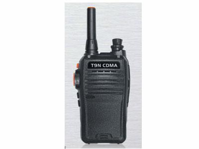 公网 T9N  公网系统CDMA2000 1X 频率824~894MHz 规格117x62x35mm 电池容量3500mAh(标配) 5000mAh(选配) 工作电压4.2V DC