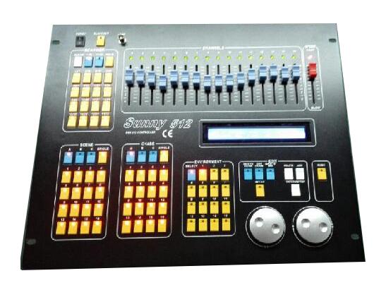 灯控台系列 DMX512数码输出,512DMX控制通道2个光隔离独立驱动信号输出端口可控制32台16通道电脑灯1600个走灯程序步储存容量。48个走灯程序,每程序最多100步。每步速度、渐变参数独立设置。可选音乐同步或手动速率控制可同蠕动4个走灯程序、48个场景,并可同时对32台电脑灯进行探照灯操作。亲机数据保持DMX信号输出连接器;XLR-3F x 2;可选配12V鹅劲工作灯电源:AC 100--240V  50--60Hz,体积:483 x 400 x 105(mm)