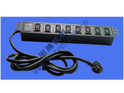 """图腾 8位输出插孔PDU(322000648)  输出单元:8位; 插座制式:IEC320 C13 10A插座; 输入插头:GB1002-1996 16A国标三扁插头; 输入方式:左端单路输入; 电缆线规格:3*2.5mm2*3M; 额定值:16A 250V; 承载功率:2500W; 产品尺寸:长*宽*高= 483*45*62mm; 安装方式:正方向19""""安装; 控制功能:无; 保护功能:无; 外壳颜色:黑色;"""