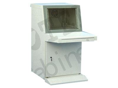 """图腾 CT系列标准操作台  外观设计优美,简洁实用,美观大方; (2)标准规格单柜,组合式结构,便于运输; (3)上部可安装17""""显示器,下部柜体内可安装19""""标准控制电脑设备; (4)无色透明钢化玻璃屏; (5)后门冲通风孔并安装风扇,保证通风散热; (6)底部预留走线孔,易于进线; (7)主体颜色为国际流行的RAL7035。"""