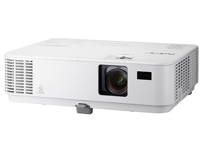 "NEC CD3100H     ""投影尺寸: 40-300英寸 屏幕比例: 16:9 投影技术: LCD 投影机特性: 3D 亮度: 3000流明 对比度: 8000:1 标准分辨率: 1920*1080 色彩数目: 10.7亿色"""