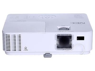 """NEC V332X+    """"投影尺寸: 30-300英寸 屏幕比例: 4:3 投影技术: DLP 投影机特性: 3D 亮度: 3300流明 对比度: 10000:1 标准分辨率: XGA(1024*768) 色彩数目: 10.7亿色"""""""