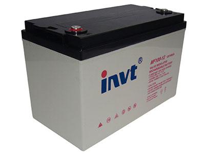 英威腾 MF系列阀控式密封免维护铅酸蓄电池  电池可以在-20℃~+50℃甚至更宽范围的温度条件下工作,电池的内阻比常规电池小,在-20℃~+50℃ 的温度范围内进行大电流放电,其输出功率比同规格的传统式开口电池高。 良好的批量一致性 领先的设计技术和100%气密性、电压、容量和安全性能检验,保证了大批量生产的电池具有良好的一致 性,特别适合于需要多节电池串联使用的场合,例如UPS电源后备电池组、逆变器后备电池组等。 合理的安装和结构设计 最新国际化的极柱设计和紧凑的整体结构设计,方便安装和拆卸,易于维护,大大节省用户成本。