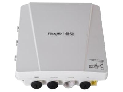锐捷睿易 RG-RAP630(CD) 主要性能 产品类型无线接入点 网络协议IEEE 802.11ac、IEEE 802.11b、IEEE 802.11g、IEEE 802.11n、IEEE 802.11a、IEEE 802.11ac 最高传输速率1167Mbps 频率范围双频(2.4GHz,5GHz) 网络接口1个10/100/1000Mbps的 ETH1/PoE IN接口(RJ45) 其它接口1个Console接口(RJ45),1个SFP接口(与ETH1复用) 功能参数 安全性能支持PSK、WEB、802.1X等认证