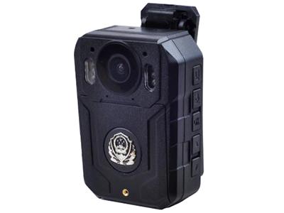 """方正执法记录仪DSJ-S6    """"1、自主外观专利,采用黑色高强度壳体,多功能集成化设计,结构紧凑,外形美观,抗跌落等级≧3米,根据用户使用需求,可方便更换面版图案。 2、摄像分辨率2304×1296 30fps / 2560×1080 30fps /1920×1080 45fps /1280×720 60fps 多种分辨率可选 3、有效像素≧3200万,多种分辨率可选 4、紧急抓拍、20张连拍功能 5、超强夜视6颗红外夜拍功能,夜视有效距离达到15米以上 6、支持无线遥控式拍照,拍录操作更方便快捷"""""""