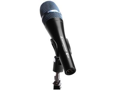 森海塞爾  E965 全頻人聲電容有線麥克風 阻抗50 Ω 指向性心型/電容可切換 最大聲壓級142 dB (152 dB) 頻率響應40 - 20.000 Hz