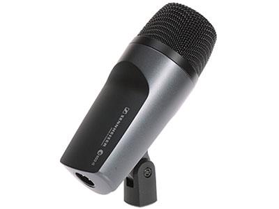 森海塞爾 E602 低頻樂器有線麥克風 阻抗350 Ω 靈敏度0,25 mV/Pa; (50 Hz) 0,9 mV/Pa 指向性動圈 頻率響應20 - 16000 Hz