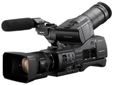 索尼 NEX-EA50CH 可变肩抗式大画幅摄录一体机 变焦:15倍以下 像素:601万以上