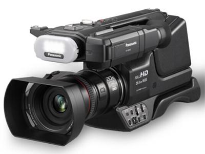 松下 MDH3 肩扛式数码摄像机 清晰度:HD高清 变焦:15倍-30倍
