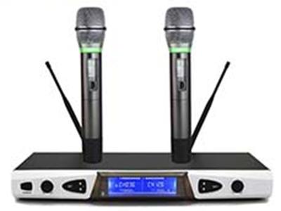 天籟 TN-222(智能靜音) 專業話筒 智能光環:時沿個性的智能光環,麥克風靜止時,光環自動關閉。 人體感應、自動靜音:離開人手三秒,話筒自動靜音,進入節能省電的休眠模式。可以有效防止嘯叫,防止音響燒壞。