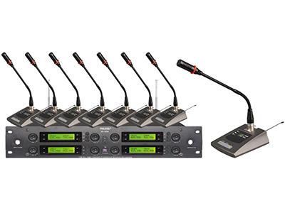 飛利克斯  HK-9900 專業話筒  接收機: 工作頻率:500-980MHz 采用微電腦CPU控制 PLL鎖相環頻率合成技術 32/96頻道自由選擇 多功能LCD,特有音頻聲壓顯示,發射器電池電壓顯示 紅外線對頻