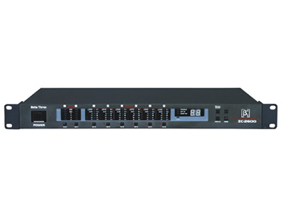 貝塔斯瑞  ΣC2600 專業數字信號處理器 采用先進的32位浮點DSP及數字濾波算法,24位AD/DA轉換技術,提供超過110dB的動態范圍。