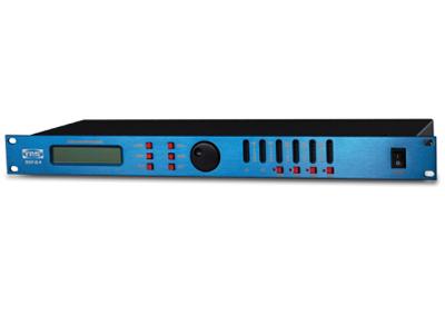 """音箱处理器DSP2.6   """"◎基于DSP技术的音箱处理器,高性能AKM A/D Ak5392 ◎3片24位高精度DSP ◎低失真,大动态,频响:20Hz-20kHz ◎2输入,4/6出,包括4种配置模式:2×2way,3way,4way,2way sub ◎每一款都包括输入增益控制,每一个通道都包括独立的分频限制器 ◎5段参量均衡,延时最大7ms"""""""