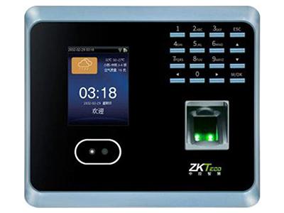 中控GF500   指纹容量:1000枚 面部容量:300张 记录容量:10万条 摄像头:130万双摄像头 显示屏:2.8寸彩屏 通讯方式:WIFI、TCP/IP、U盘 U盘功能:支持U盘上传下载 人脸识别速度:≤0.5S 指纹识别速度:≤0.8S 使用温度:0℃-45℃ 使用湿度:20\%-80\% 电池规格:DC5V1A 产品尺寸:168*149*33mm