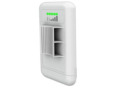 LigoDLB 5-15   5.8G单频 2×2 300Mbps 百兆LAN X 1 24V PoE 15dBi内建天线
