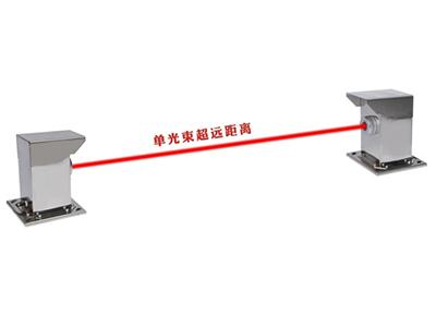 单光束超远距离激光对射探测器 警戒距离 1000-5000米 内置自动加热和自动降温装置,适合各种复杂和恶劣环境