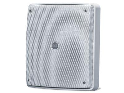 "RCF MQ 80P 室內外兩分頻音箱 功率/ RMS:120/60 W旁路 交叉頻率:3000 HZ交叉:陷波/ 6 DB / OCT [70,7V]:15W - 10W - 5W - 2,5W 揚聲器:低音揚聲器5""喇叭負載,1""喇叭負載壓縮驅動器,相位插頭裝在CD喇叭上"
