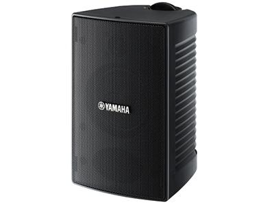 """雅马哈 NW-294 会议壁挂音箱 """"全天候音箱系统,雅马哈先进的音箱设计具有卓越的音质以及出色的防风雨功能; 双声道低音反射设计 --强大低音单元提供准确的中低音表现; 平衡圆顶高音单元确保清晰的高音表现; 音频性能卓越的防风雨型音箱机柜,可防滴水、防水并抗紫外线; 简约的设计 设计简洁,无论在户外、阳台还是户内,看起来均很自然; 两个尺寸、两种色调,使您可以选择适合你安装需求的佳型号; 可利用提供的安装支架,灵活地进行安装; 涂层网罩提供卓越的防风雨性能; 推进式音箱接线端子,便于安装; 产品颜色:白色和黑色;频率"""