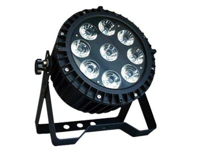 艺博 9颗防水扁帕灯 LR-WBP002●输入电压:AC90-240V,50 / 60Hz ●功耗:90W ●LED数量:9颗12W 4合1 LE