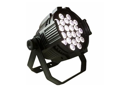 艺博 24颗帕灯 LR-WBP006输入电压:AC90-240V / 50-60 Hz 额定功率:432(W) 颜色:24颗LED 18W RGBWAP