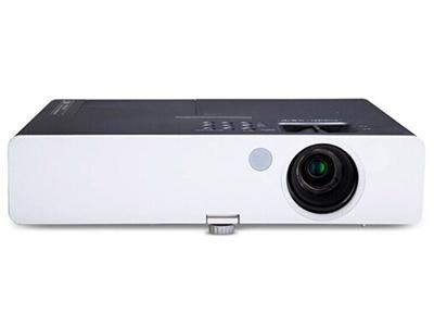 """松下 PT-SX400C 商務教育機 """"強光感應功能;標配加強型空氣過濾網;水平、垂直梯形校正和四角校正功能;曲面校正功能;USB;VGA輸入;具備HDMI高清接口; """""""