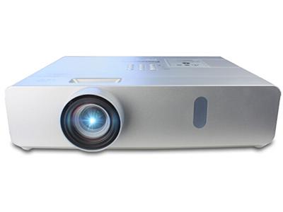 松下 PT-BW410C   寬屏 投影儀 強光感應;四角梯形校正;曲面校正功能;雙USB接口;8000小時燈泡壽命;支持無線