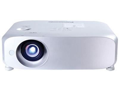 松下PT-BX650C 寬屏 投影儀 強光感應功能;鏡頭垂直方向位移功能;實時梯形矯正;1.6倍變焦;HDMI*2、USB接口;曲面校正功能;全新直排式冷卻散熱系統;密閉機殼結構設計;