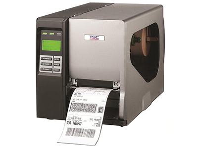 TSC TTP-2410MU系列  Thermal Smart Control印字头控制列印技术,提供清晰、高品质条码列印 每秒可达356毫米(14英吋)之列印速度 LCD显示器与6个面板操作按键 128 MB Flash 与128 MB SDRAM 大容量记忆体 铝合金铸造机身 USB host可提供单机操作 203 DPI、300 DPI与600 DPI解析度 碳带容量最大长度可达600公尺 SD卡记忆体扩充槽轻松升级至32 GB 碳带容量显示 印字头更换自动侦测功能