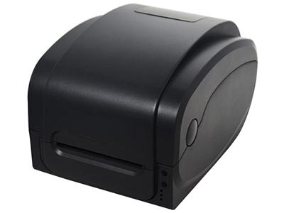 佳博 GP-1134T条码打印机  120毫米出纸口设计,可选更宽的标签幅面 单马达驱动 打印头3档压力可调 传感器合并 全新四接口主板设计,满足不同接口需求 新增热转打印方式,选择耗材更灵活,保存时间更长 独立机芯结构设计,紧凑实用,热转和热敏方式都能胜任