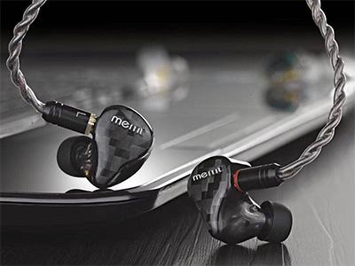 MEMT R11公爵 动铁 定制 监听 耳机 纯手工打造 每个产品独立编号 专属定制 医用级亲肤树脂材质 碳纤维面板 颜值担当 超跑式三频出音孔 各单元发声互不干扰