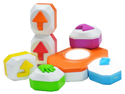 石头村儿童编程积木 智能积木+益智游戏/提升孩子逻辑思维和空间想象力/亲子互动,能连imea儿童智能投影的儿童编程积木。