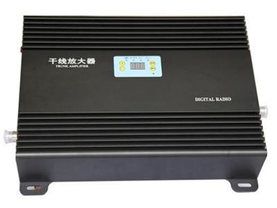 显示款5W/8W 干线放大器  采用先进的声表面滤波技术,带外抑制收发隔离度高。  整铝腔体分隔屏蔽设计,抗干扰能力强,杂散小。  采用进口低噪声器件,整机 NF 系数小,接收微小信号能力强。  加入 ALC 技术,抗过载能力强。  先进的温控静音散热技术,机器运行后无噪声污染。  更先进的数控增益调整,调整步进为 0.5dB  具备极端温度自降功率设计,保护射频功放运行安全  整机 MCU
