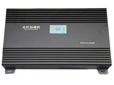 25-40W远端机  采用先进的声表面滤波技术,带外抑制 收发隔离度高。  整铝腔体分隔屏蔽设计,抗干扰能力强, 杂散小。  采用进口低噪声器件,整机 NF 系数小, 接收微小信号能力强。  加入 ALC 技术,抗过载能力强。  先进的温控静音散热技术,机器运行后 无噪声污染,可根根据模块温度设定转 速,延长散热风扇使用寿命。  更先进的数控增益调整,调整步进为 0.5dB  具备极端温度自