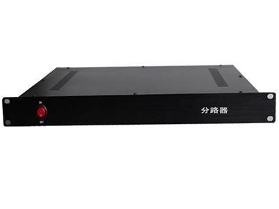 有源分路器  具有低噪声高增益放大  低噪声放大器具有内置滤波器  体积小,重量轻,可靠性高