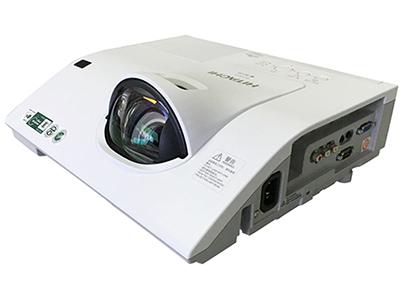 日立 HCP-K28+ 投影机 2600流明 1024*768分辨率 10000:1对比度 98厘米打80寸,HDMI/VGA*2、RJ45、主动防尘光机、USB投影及无PC演示功能