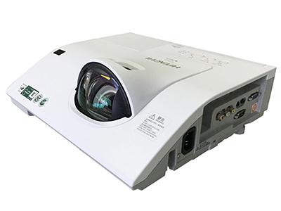 日立 HCP-K33+ 投影机 3100流明 1024*768分辨率 10000:1对比度 98厘米打80寸,HDMI/VGA*2、RJ45、主动防尘光机、USB投影及无PC演示功能