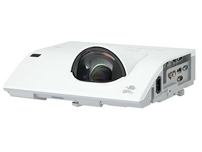 日立 HCP-Q210 投影机 2600流明 1024*768分辨率 10000:1对比度 68厘米打80寸,HDMI/VGA*2、RJ45、主动防尘光机、USB投影及无PC演示功能